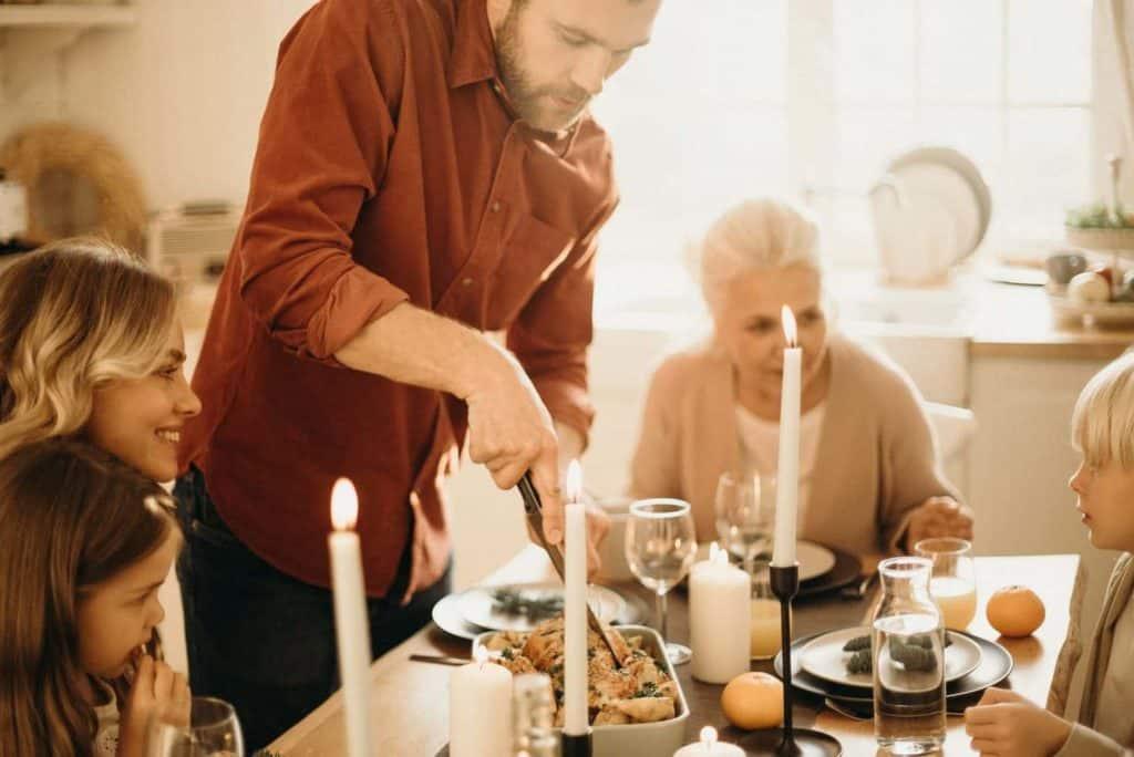 Spoločné stolovanie