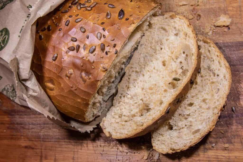 Celozrný chlieb